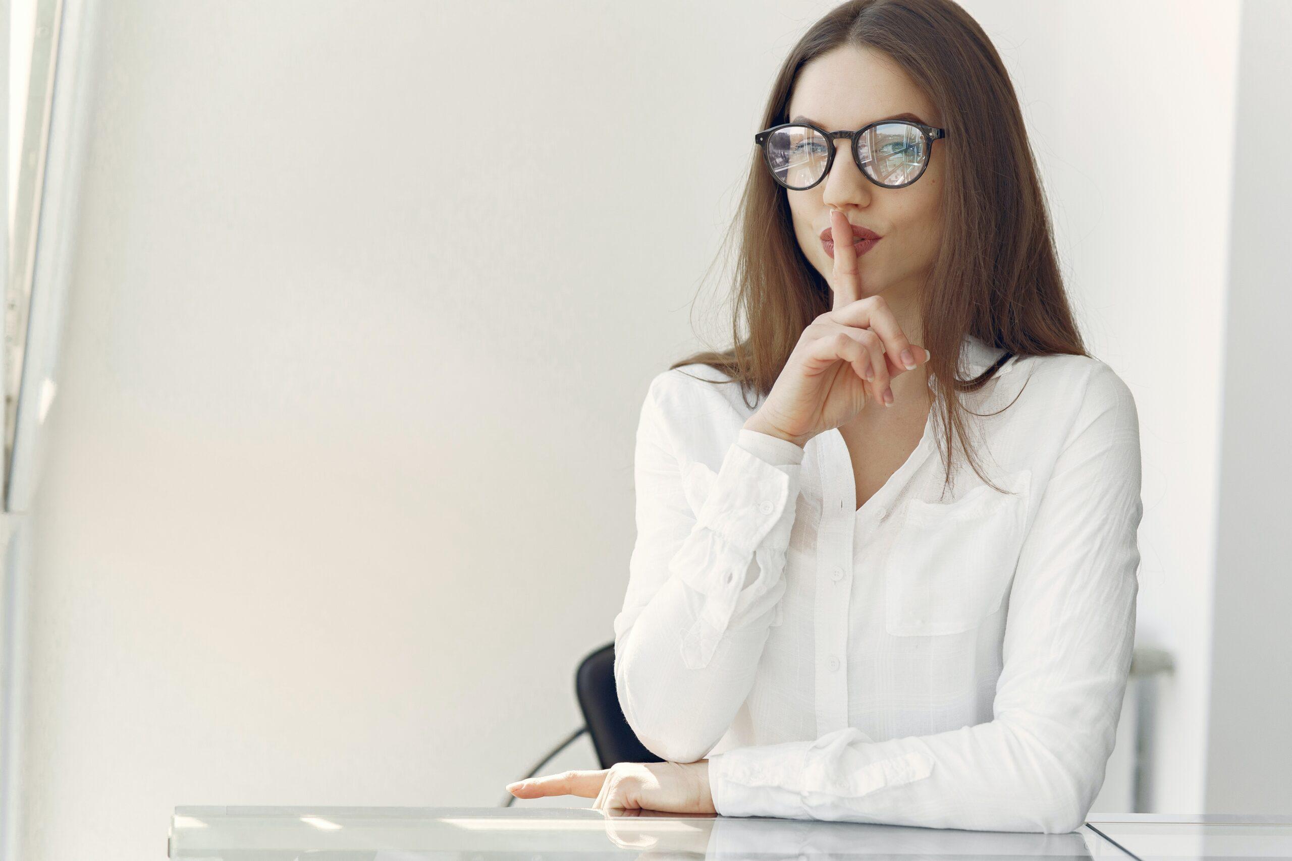 Comunicazione non verbale: le 10 regole per capire cosa non si dice.
